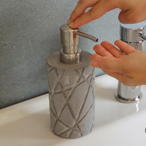 擠壓瓶 衛浴用品【Z0012】親水泥擠壓空瓶 MIT台灣製 完美主義