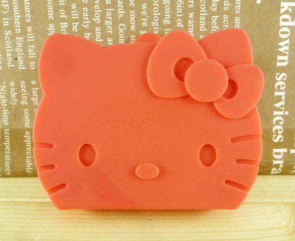 【震撼精品百貨】Hello Kitty 凱蒂貓-凱蒂貓造型零錢包-矽膠材質-摺疊紅