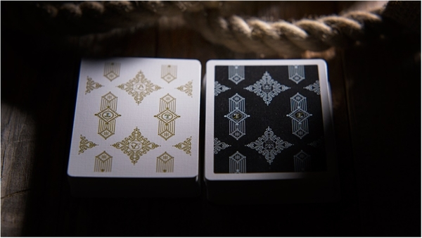 【USPCC撲克】  Truth Playing Cards (Lies Require Commitment)
