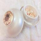 絲絨奇肌膠囊 長效滋潤 鎖齡煥白珍珠萃取精華 有助於降低肌膚年齡