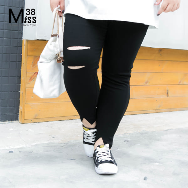 Miss38-(現貨)【A03772】輕薄舒適 超彈力 破洞開叉 大尺碼內搭褲 鉛筆褲 長褲 破褲- 中大尺碼女裝