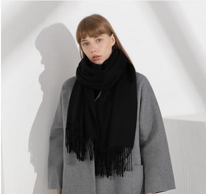 羊毛圍巾女純色披肩百搭
