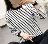 EASON SHOP(GU3343)條紋黑白撞色圓領長袖T恤大學T女上衣白色棉T彈力貼身秋裝韓細橫條紋寬鬆內搭衫