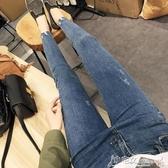 牛仔褲 chic淺藍色不規則褲腳牛仔褲女顯瘦緊身薄款九分小腳褲高腰鉛筆褲 小宅女