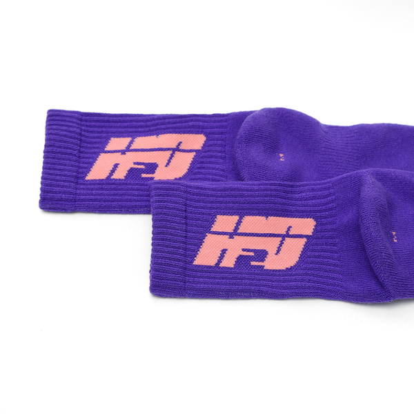 HOWDE LAB 螢光世代 紫 粉LOGO 中高筒襪 男女 19FW01PL