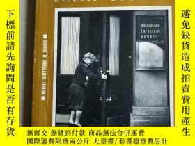 二手書博民逛書店dilemmas罕見of transition:in the s