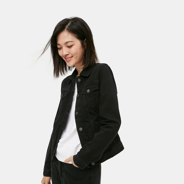Gap女裝 時尚深色紐扣牛仔外套 603527-黑色