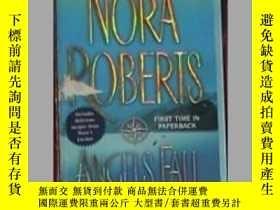 二手書博民逛書店英文原版罕見Angels Fall by Nora Robert