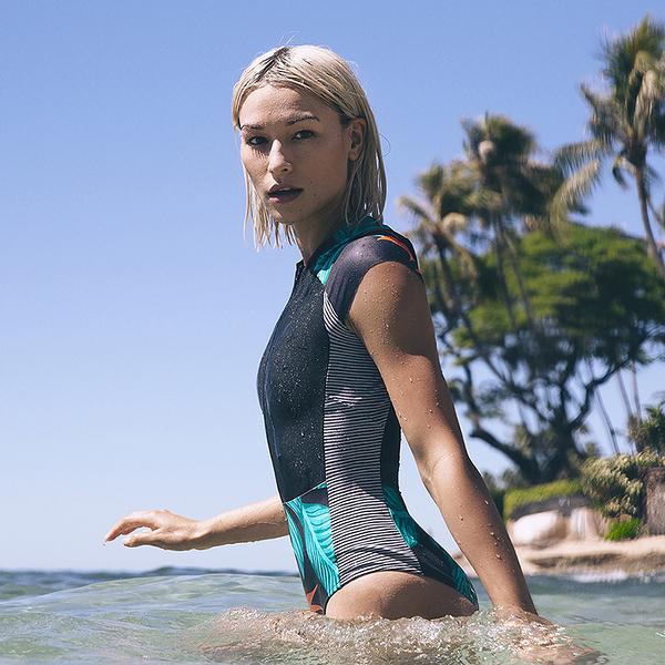 Hurley  Q/D HANOI SURF SUIT SS 連身泳裝-黑(女)