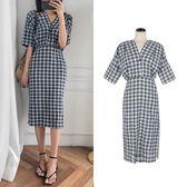 洋裝 韓版復古時尚V領收腰開叉格子連身裙中長款短袖 超值價