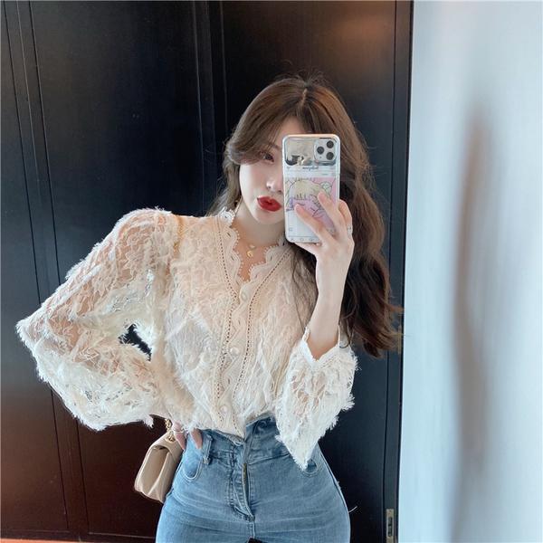 VK旗艦店 韓國風仙女甜美V領蕾絲鏤空長袖上衣