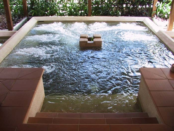 【烏來】雲頂溫泉 , 裸湯 + 飲料 (假日不加價)