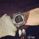 韓版簡約潮流電子錶多功能數字式男女大學生戶外運動防水夜光 【快速出貨】