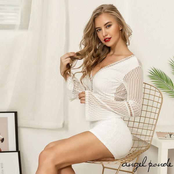 天使波堤【LC0536】前後深V鏤空喇叭袖拼接網紗包臀長袖洋裝(共二色)-透視女裝有加大尺碼性感