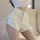 超短褲 高腰白色牛仔褲女夏季新款寬管顯瘦綁帶褲子休閒超短褲熱褲-Ballet朵朵