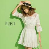 現貨 PUFII-洋裝 氣質雕花鏤空V領縮腰荷葉洋裝連身短裙-0621 夏【ZP14848】