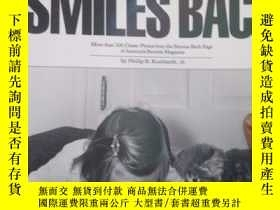 二手書博民逛書店Life罕見Smiles Back: More than 200