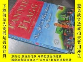二手書博民逛書店The罕見All-Girl Filling Station s Last Reunion: A Novel 【32