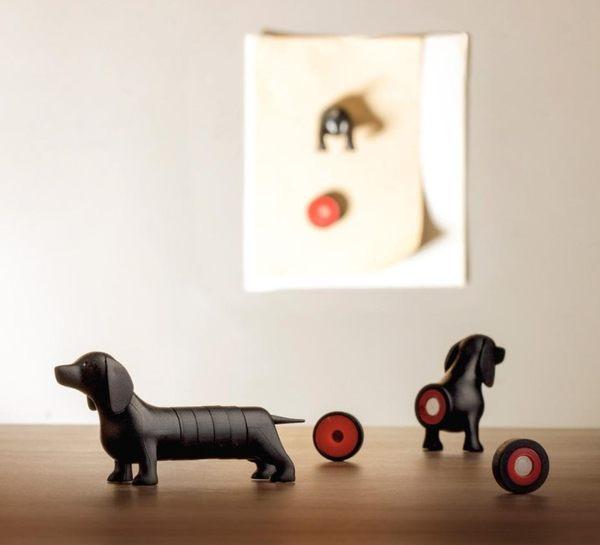 QUALY 臘腸狗磁鐵 辦公室文具 新奇 創意 驚奇