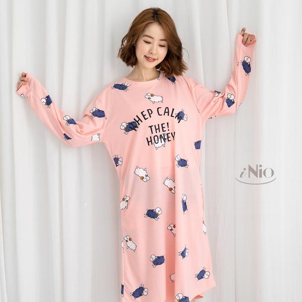 純棉長袖睡裙洋裝可外穿家居服-小綿羊(S-L適穿)★ 現貨快出【C8W6010】 iNio 衣著美學