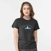 【TAKAKA】女 印花彈性T恤-塔山『黑色』M51880 露營.戶外.透氣.輕量.休閒.短袖