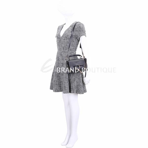 CHLOE Faye Day 小牛皮手提肩背兩用包(黑色) 1840204-01