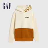 Gap男裝 Logo活力撞色連帽休閒上衣 618885-米色拼接