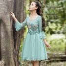 蕾絲連身裙-修身A字版繡花拼接雪紡七分袖洋裝2色72f29【巴黎精品】