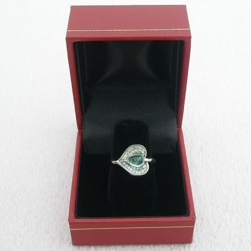 【歡喜心珠寶】【天然祖母綠0.8克拉加銀k金心型晶鑽戒台】尚比亞祖母綠寶石戒子「附保証書」