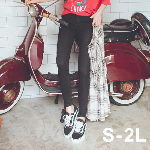 MUMU SHOP【P54805】第二代彈性更好。素面原色顯瘦中高腰彈力窄管牛仔褲。兩色S~2L