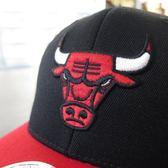 【iSport愛運動】M&N CHICAGO BUL 2 TONE 110 棒球帽 MN9AHA05CB 黑紅 公牛