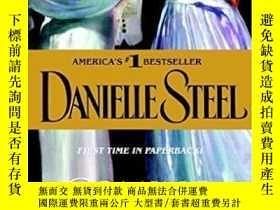 二手書博民逛書店Coming罕見OutY256260 Danielle Steel Dell 出版2007