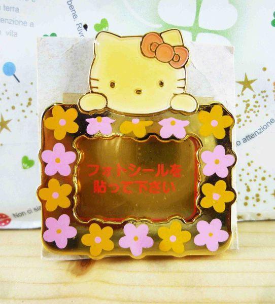【震撼精品百貨】Hello Kitty 凱蒂貓~KITTY造型徽章-相框粉