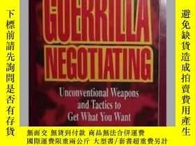 二手書博民逛書店原版罕見Guerrilla Negotiating: Uncon