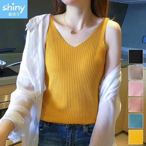 【V3320】shiny藍格子-甜漾春天.純色坑條V領針織無袖背心