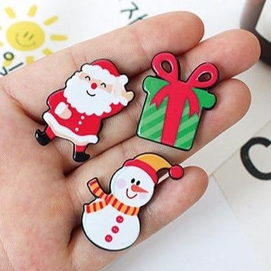 【BlueCat】聖誕節麋鹿雪人壓克力 徽章 胸針