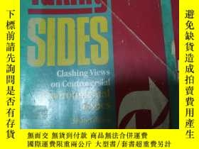 二手書博民逛書店Taking罕見Sides: Clashing Views On