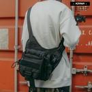 背包 日系工裝搭配 多夾層相機包【SWB0123】斜背包 帆布包 斜跨包 青山