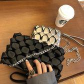 手拿包法國小眾設計包 2019街頭潮流手拿包單肩側背嘻哈菱格鏈條包 伊羅鞋包
