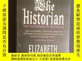 二手書博民逛書店THE罕見HISTORIAN(英文原版《歷史學家》)Y17769