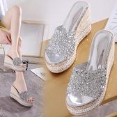 厚底鬆糕厚底楔形涼拖鞋女夏季外穿時尚年新款高跟百搭網紅一字拖 格蘭小鋪