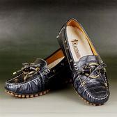 拜年踏青首選《貴氣運動鞋》諾曼地鱷魚紋牛皮豆豆健康鞋(黑)◆獨家送贈萬用苧麻編織包一個