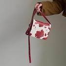 小方包 牛氣沖天紅色奶牛紋新年包包女2021新款復古百搭小方包側背斜背包 美物