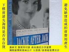 二手書博民逛書店JACKIE罕見AFTER JACK:Portrait of t