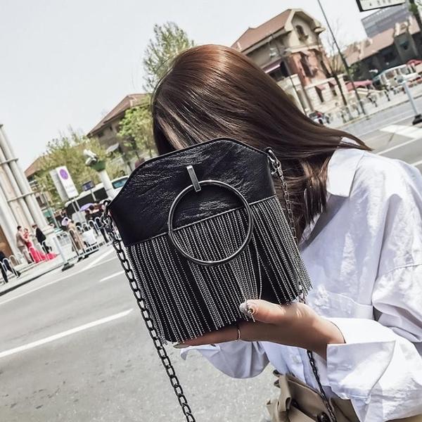 【免運快出】 包包女韓版夏季流蘇水桶包復古鍊條百搭單肩斜背包 奇思妙想屋