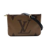 【台中米蘭站】全新品 Louis Vuitton Double Zip Pochette 雙層拉鍊手拿斜背包(M69203-咖)