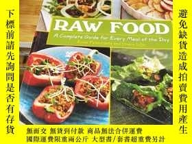 二手書博民逛書店Raw罕見Food: A Complete Guide for