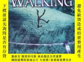 二手書博民逛書店Walking罕見K a political thriller