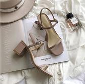 新款露趾方頭涼鞋一字扣帶中跟粗跟仙女鞋