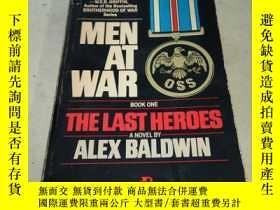 二手書博民逛書店men罕見at war the last heroes 戰爭中最